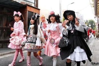 Harajuku-Fashion-Walk-7-036-600x400