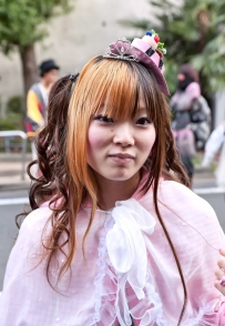 Harajuku-Fashion-Walk-7-058-600x900
